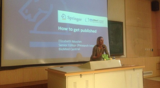 Elizabeth Moylan presenting at an author workshop