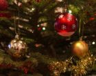 christmas-baubles-1078996_640