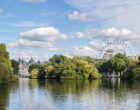 640px-St_James's_Park_Lake_–_East_from_the_Blue_Bridge_-_2012-10-06